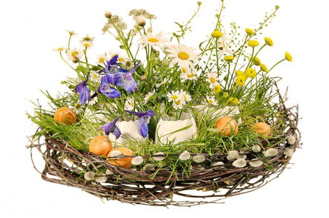 Пасхальный декор должен быть скромным и в то же время праздничным.