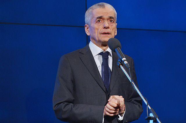 Геннадий Онищенко, один из кандидатов праймериз, уверен: чем строже закон ограничивает табакокурение, тем длиннее жизнь россиян.