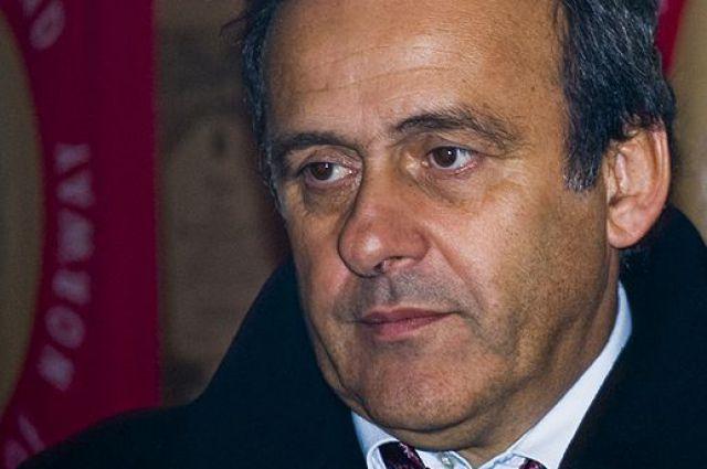 С президента УЕФА Платини сняли обвинения в коррупции – СМИ