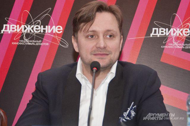 Открывал фестиваль его директор - Артём Михалков.