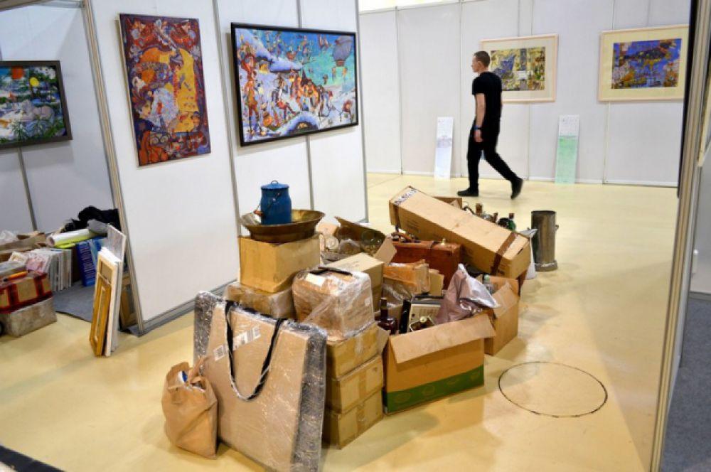 КВЦ «ВертолЭкспо» обещает много грандиозных премьер на выставке «Арт-Ростов» в 2017 году. В том числе привоз экспозиций художников с мировым именем.