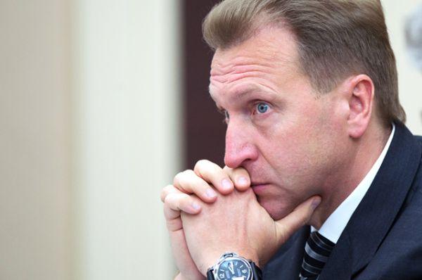 Первый вице-премьер Игорь Шувалов по итогам 2015 года заработал 97,2 млн рублей. В месяц это 8,1 миллионов.