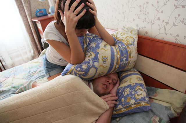 Первыми диагностируют храп родственники больного.
