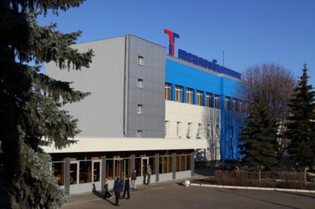 Руководство завода говорит, что на помощь предприятию долго не приходили ни нижегородские власти, ни аварийные службы.