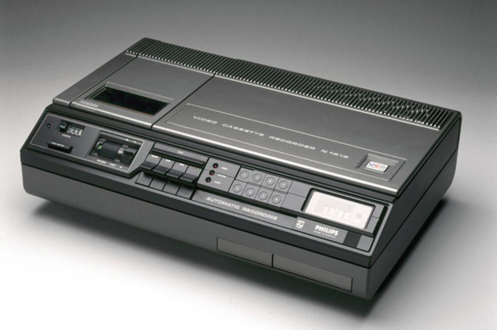 12-е место. Видеоплеер Philips N1500 VCR