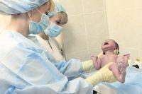 Рождаемость будет быстрыми темпами падать, смертность понемногу расти - такой прогноз сделали статистики.