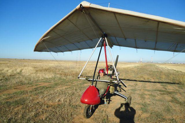 Первый вылет едва не стоил летчику жизни.