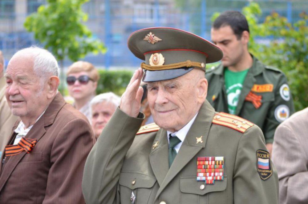 Время неумолимо. На Дону сейчас живут чуть более 50 тысяч ветеранов Великой Отечественной. Год назад их было на 10 тысяч больше.