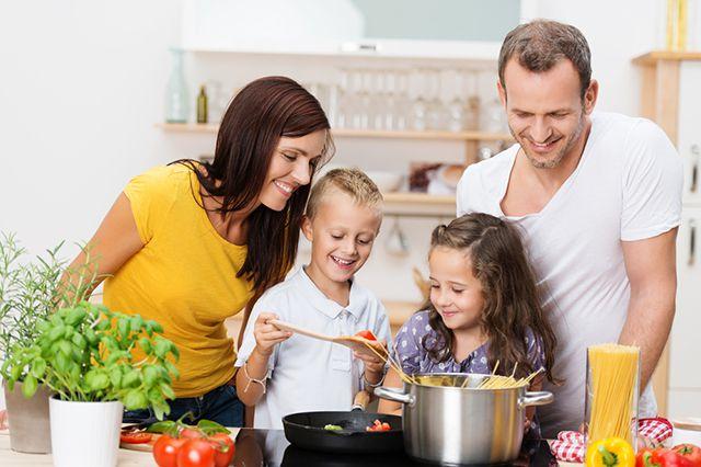 Семейные фото на кухне фото 399-161