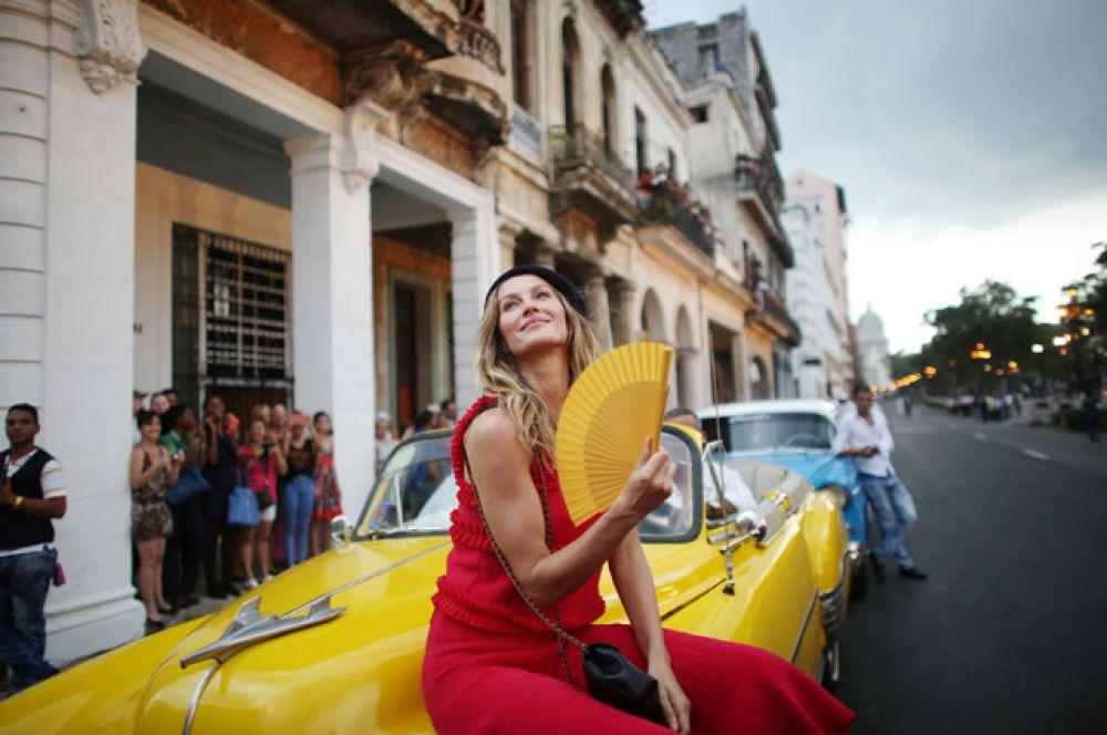 Бразильская модель Жизель Бюндхен.