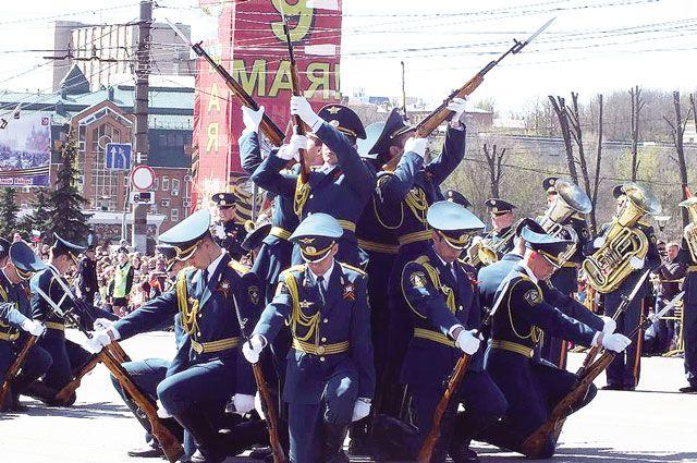 «Бессмертный полк» в Иванове стартует 9 Мая в 15.00 от кинотеатра «Современник» и пройдёт до площади Пушкина.