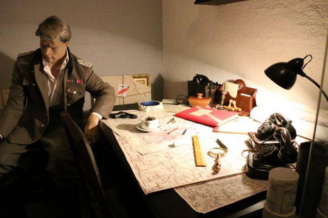 В музее «Бункер» воссоздали комнату офицеров штаба немецкого гарнизона.