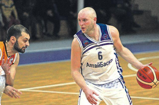 Капитан команды И. Александров – самый ценный игрок турнира.