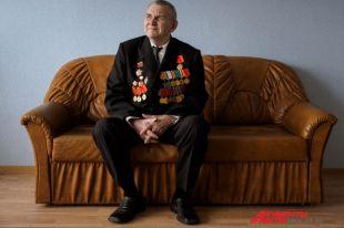 Как многие представители его поколения,Анатолий Стешин до самого донышка хлебнул горя, испытаний и страха.