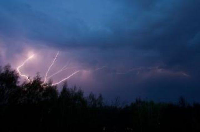 Салют в честь Дня Победы в Иркутске отменили из-за штормового ветра.