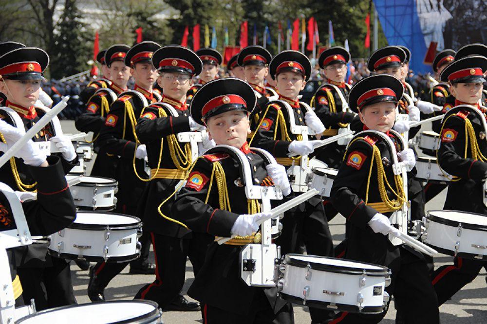 Рота юных барабанщиков.