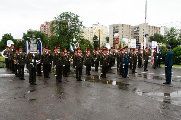 Участие в торжествах, посвящённых 71-й годовщине со дня празднования Победы в Великой Отечественной войне, приняли 500 детей в возрасте от четырех до десяти лет.