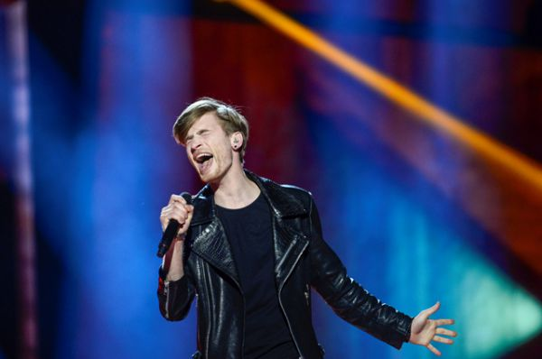 Латвия. Юстс Сирмайс с песней «Heartbeat»