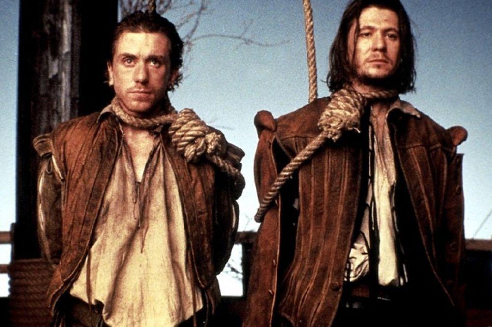 Экранизация пьесы Тома Стоппарда «Розенкранц и Гильденстерн мертвы» с участием Тима Рота завоевала главный приз Венецианского кинофестиваля 1990 года.