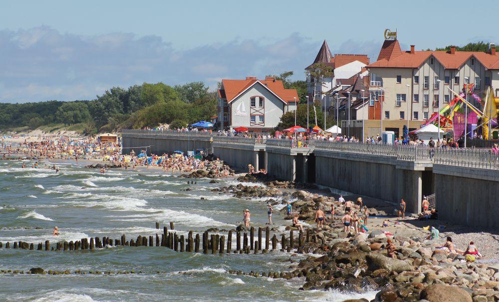 Зеленоградск, Калининградская область. Бальнеологический курорт федерального значения, расположен на побережье Балтийского моря. Проживание - 3250 рублей в сутки.