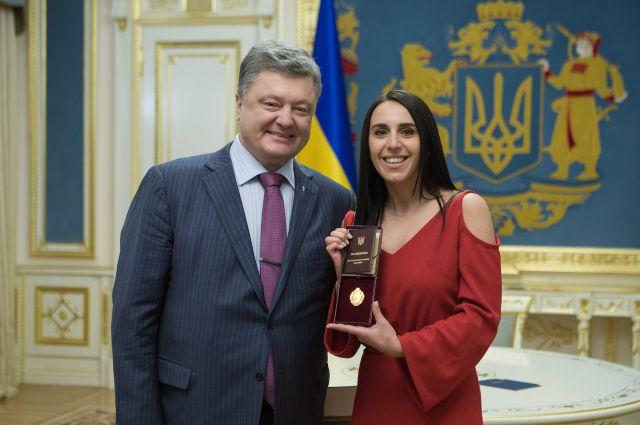 Петр Порошенко и Джамала