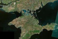 Петиция с инициативой отделить Крым от материка каналом, ужесточив таким образом блокаду полуострова, появилась 10 мая на сайте украинского президента Петра Порошенко
