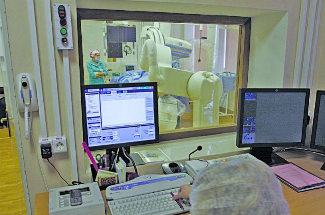 Даже самое современное диагностическое оборудование не может компенсировать отрасли такую проблему, как недостаток кадров.