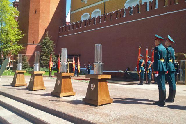 10 призывников из Калининграда проводят на службу в Президентский полк.