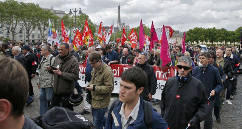 Массовые протесты против реформы трудового законодательства продолжаются во Франции уже несколько месяцев.