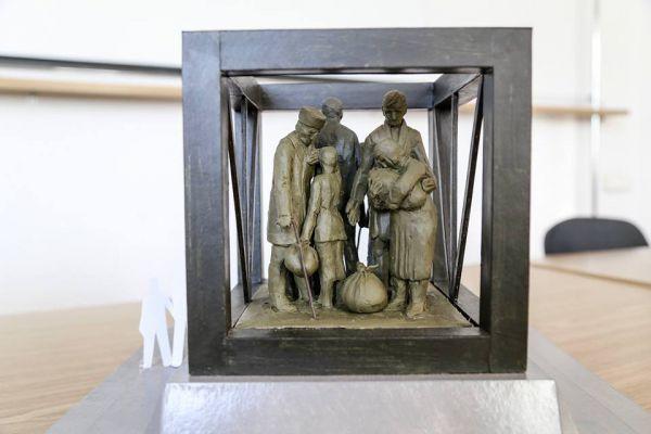 Планируется, что мемориальный комплекс будет напоминать мемориал на месте концлагеря в совхозе «Красный».