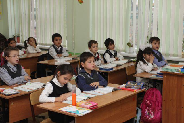 Новая школа сможет принять много детей.