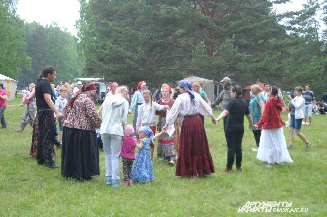 В омских сёлах туристов познакомят с народной культурой.