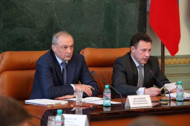 Магомедсалам Магомедов и Игорь Холманских.