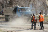 Сенатор хотела лично посмотреть, как проводятся ремонтные работы на дорогах Омска.