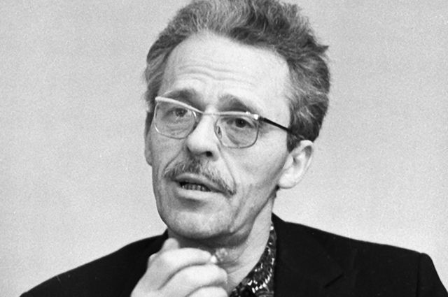 Писатель Борис Васильев.