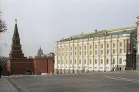 Боровицкий холм - въезд в Московский Кремль.