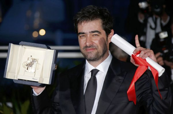 Лучшая мужская роль - Шахаб Хоссейни, «Коммивояжер» (Франция, Иран)