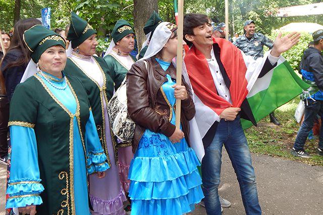 Скоро все народы, проживающие в Кировской области, смогут встречаться на одной площадке не только в праздники.