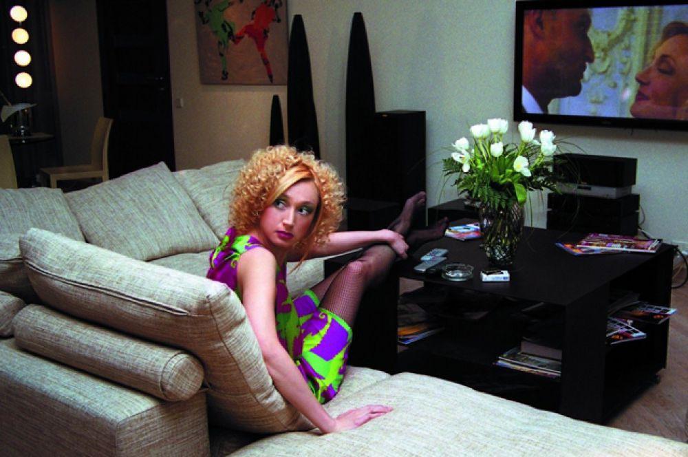 В 2006 году Кристина Орбакайте совместно с Гошей Куценко снимается в комедии Александра Стрижёнова «Любовь-морковь», а позднее в фильмах «Любовь-морковь-2» и «Любовь-морковь-3».