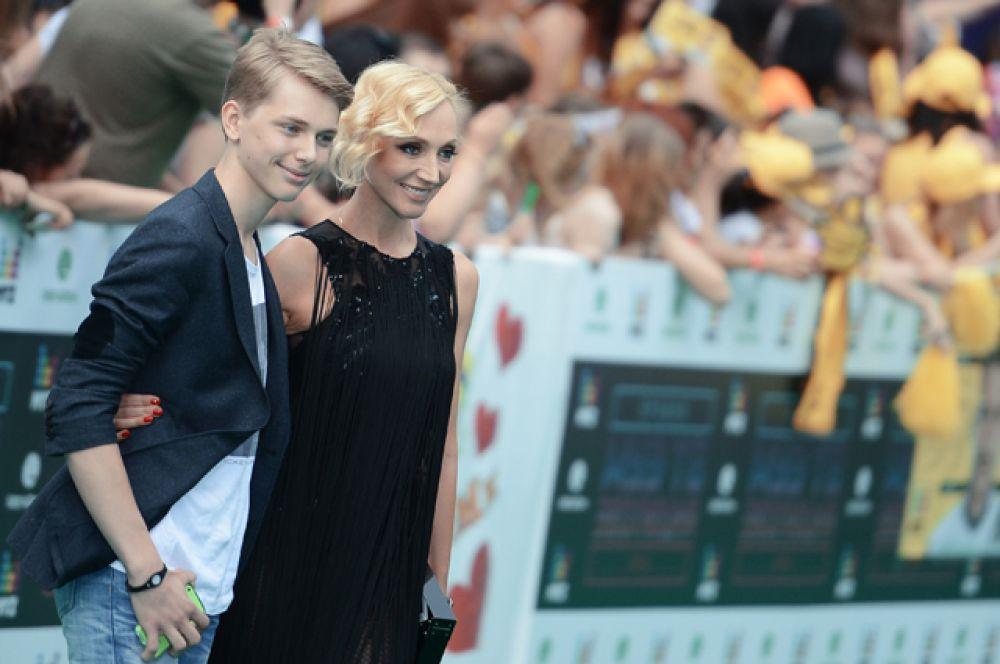 Певица Кристина Орбакайте и ее сын Дени Байсаров, 2014 год.