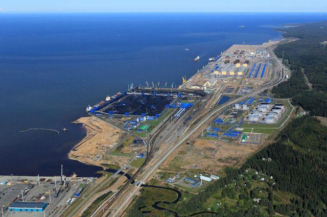 Десятки километров путей проложены в порту Усть-Луга.