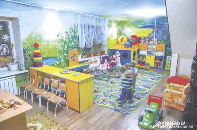 Там, где недавно играли дети, теперь разруха.