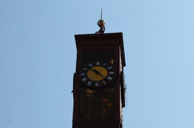 В Калининграде запустили старинные часы, не работавшие 70 лет.