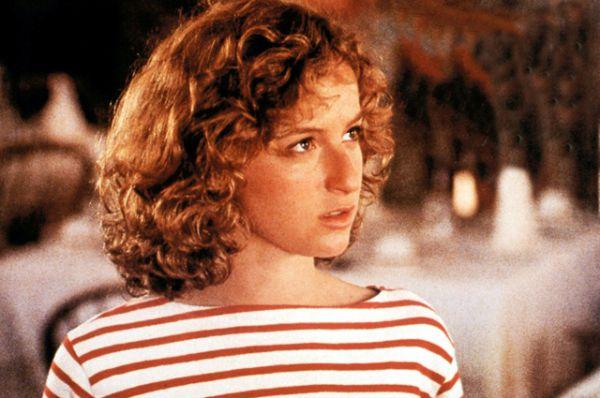 В 1989 году у актёра начались отношения с Дженнифер Грей, прославившаяся благодаря главной роли в картине «Грязные танцы». Об этом романе мало что известно. Возможно, потому что продлился он совсем недолго.