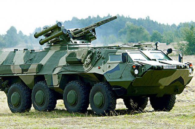 ВДонецкой области подорвался БТР сукраинскими военнослужащими. Есть раненые