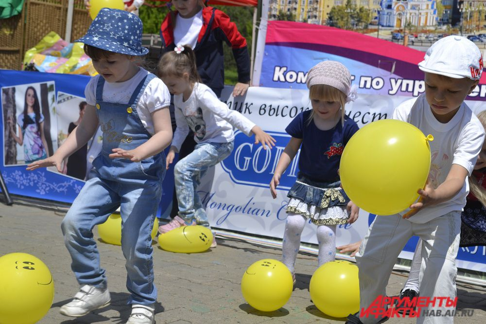 Дети с удовольствием участвовали в конкурсах.