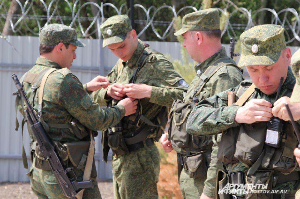 Российские пограничники готовятся выступить на защиту своего рубежа.