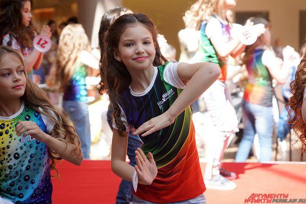 Конкурс красоты и талантов для детей «Little Miss & Little Mister 2016» проводится в Прикамье в первый раз.