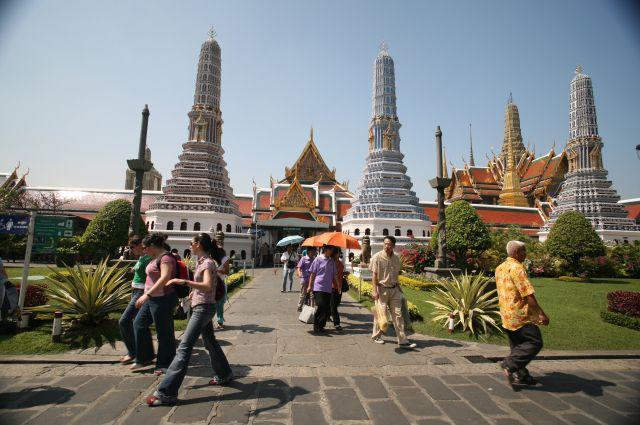 17:1507Трое жителей Иркутска заболели лихорадкой ДенгеВсе пациенты заразились болезнью в Таиланде