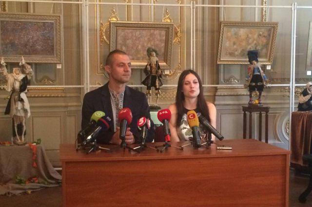 Михаил Гаврилюк с женой